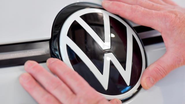 Volkswagenin eski CEOları şirkete 288 milyon euro tazminat ödeyecek