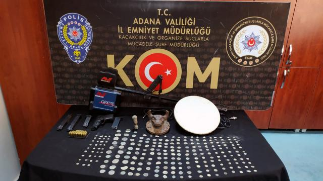 Adana'da kaçakçılık operasyonu: 10 gözaltı