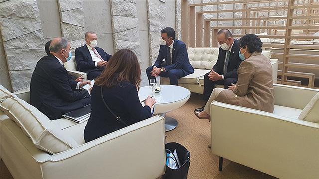 Erdoğan ve Sanchez NATO Zirvesinde bir araya geldi