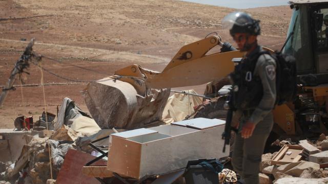 İsrail güçleri Doğu Kudüste Filistinlilerin evini yıktı