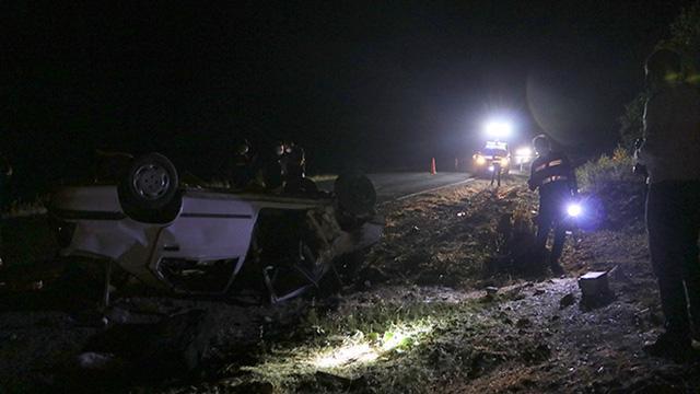 Gaziantepte otomobil devrildi: 3 ölü, 2 yaralı
