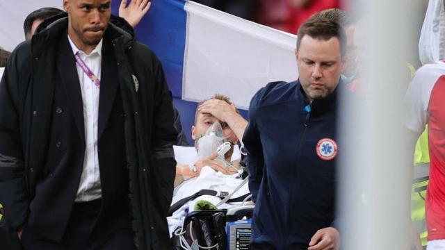 EURO 2020de korkutan anlar: Eriksen maç sırasında fenalaştı