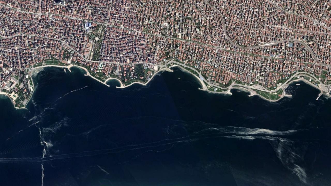 İstanbul'daki müsilaj uzaydan böyle görünüyor
