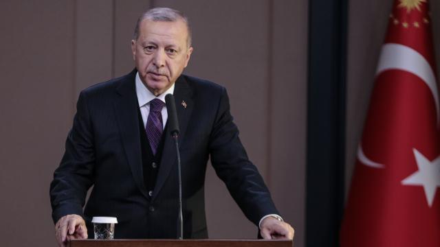 Cumhurbaşkanı Erdoğandan NATOda diplomasi trafiği