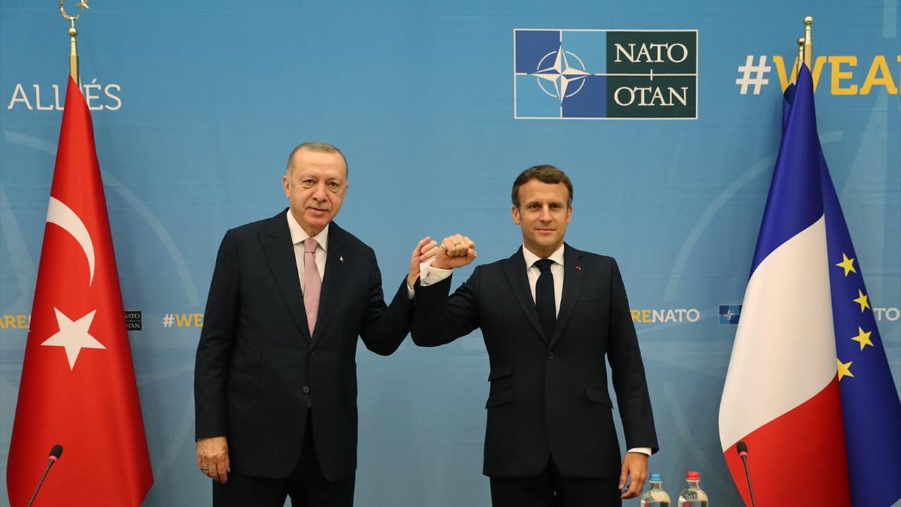 Cumhurbaşkanı Erdoğan, Macron ile görüştü - Son Dakika Haberleri