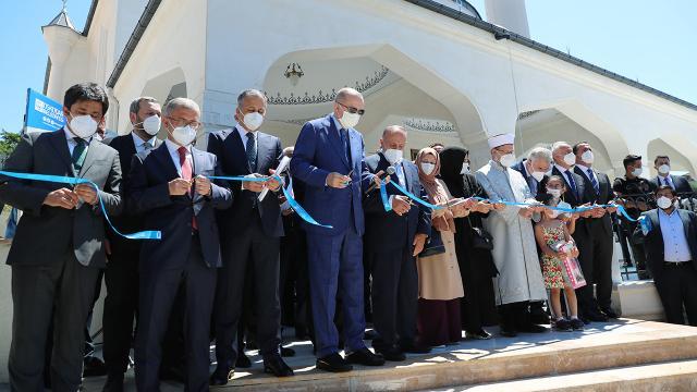 Şehriban Hatun Camii ibadete açıldı
