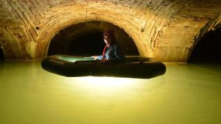 Tarihi Yarımada'nın su yolları botla keşfedildi