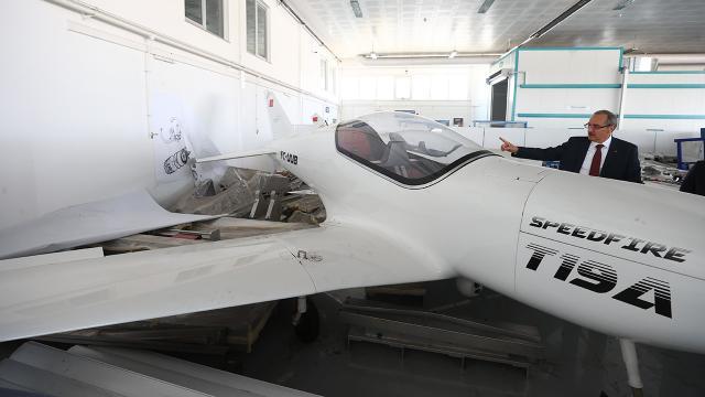 THKnın ürettiği uçaklar seri üretim için alıcı bekliyor