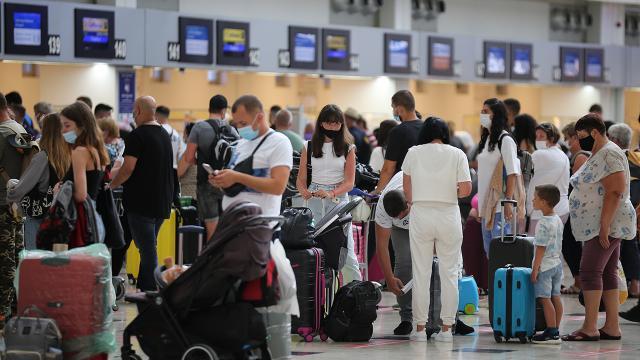 Antalyaya 8 günde 120 bin turist geldi