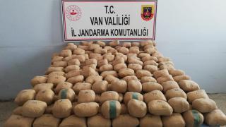 Van'da uyuşturucu tacirlerine operasyon