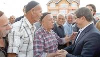 Davutoğlu'ndan Kosova'da Anlamlı Ziyaret