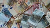 Avrupa Borç Krizinin Eşiğinde