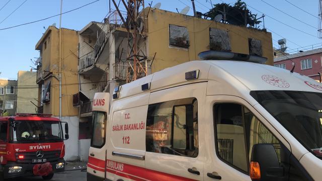 Adanada yangın: Bir kişinin cansız bedeni bulundu
