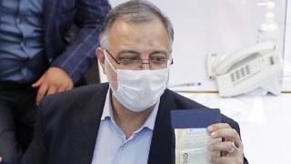 İran'da Cumhurbaşkanlığı adayı Zakani, Reisi lehine yarıştan çekildi