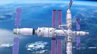 Çin'in uzay mekiği istasyona kenetlendi