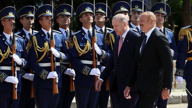Cumhurbaşkanı Erdoğan Şuşada törenle karşılandı