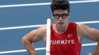 Milli atlet Ersu Şaşma'dan olimpiyat vizesi