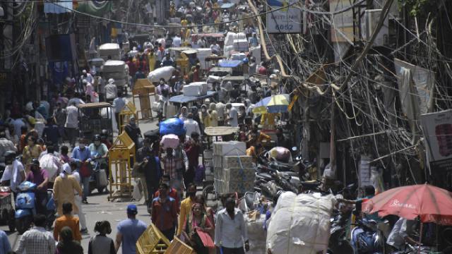 Hindistanda COVID-19 günlük vaka sayısında artış