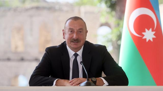 İlham Aliyev: Beyanname iş birliğimizin istikametini gösteriyor