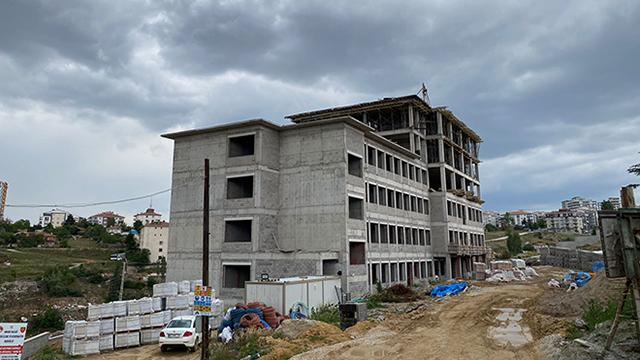 Ankarada inşaat iskelesi çöktü: 2 işçi hayatını kaybetti