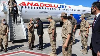 Jandarma Genel Komutanı Orgeneral Çetin birlikleri denetlemek için Van'a geldi