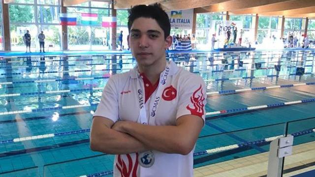 Milli yüzücü Kaan Kahraman, dünya ikincisi oldu