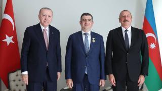 Aliyev'den Haluk Bayraktar'a 'Karabağ Nişanı'