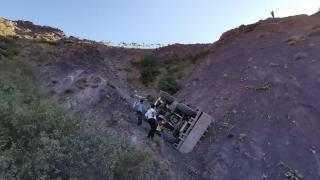 Elazığ'da freni patlayan iş makinesi uçurumdan yuvarlandı: 1 ölü