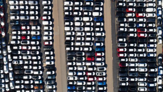 ABde otomobil satışları arttı
