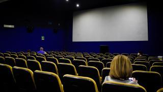 Koronavirüs nedeniyle salonlar boş kaldı
