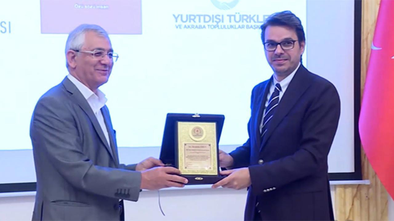 Azerbaycan'dan TRT'ye Kardeşlik Ödülü