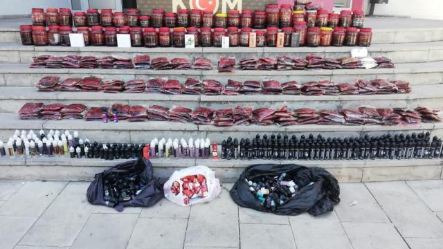 Adanada kaçakçılık operasyonu: 8 gözaltı