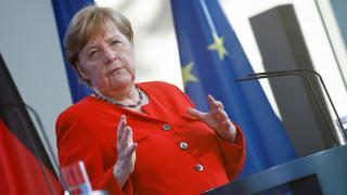 Almanya Başbakanı Merkel: AB ile Türkiye birbirine bağımlı