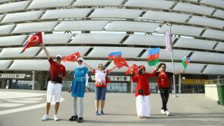 A Milli Takım maçı öncesi taraftarlar stada gelmeye başladı