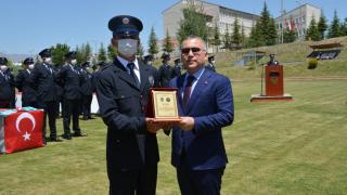 Niğde'de eğitimlerini tamamlayan polis adayları mezun oldu