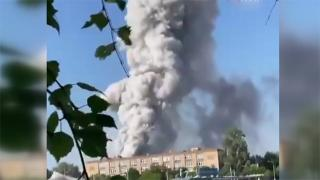 Moskova'da havai fişek deposunda patlama