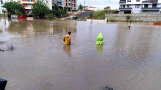 Sağanak, Hava Durumu, Yağış, 'da sağanak; cadde ve sokaklar göle döndü