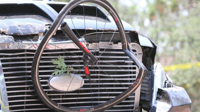 ABDde kamyonet, bisiklet parkuruna daldı: 6 yaralı