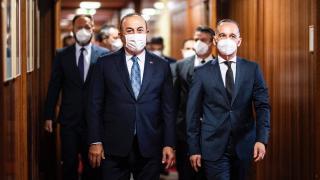 Bakan Çavuşoğlu'nun Berlin diplomasisi
