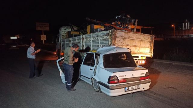 Kahramanmaraşta otomobil kamyona çarptı: 1 yaralı