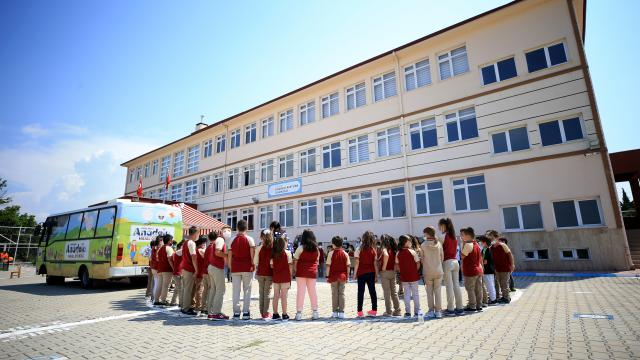 Kırklarelinde okullarda öğrencilerin ihtiyaçlarına uygun etkinlikler düzenleniyor