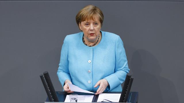 """Almanyada selde zarar gören bölgelerden Merkele """"yardım"""" çağrısı"""