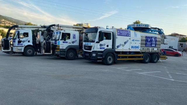 İstanbuldaki müsilaj temizliği için Bursadan destek ekibi gönderildi