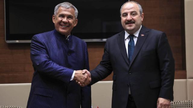 Bakan Varank, Tataristan Cumhurbaşkanı ile görüştü