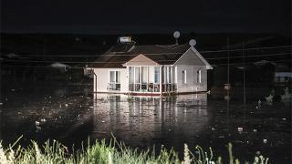 Ankara'da sağanak: Çok sayıda ev su altında kaldı