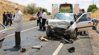Nevşehir'de iki otomobil çarpıştı: 3 ölü, 3 yaralı