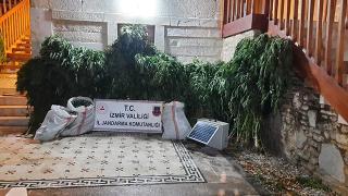 İzmir'de zehir taciri 11 kişiye gözaltı