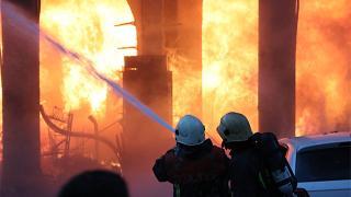 Kayseri'de bina yangını: 9 kişi hastaneye kaldırıldı