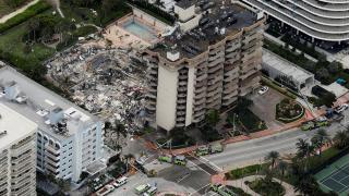 ABD'de 12 katlı bina kısmen çöktü: 3 ölü, 2 yaralı