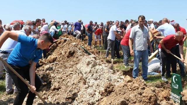 Bosna Savaşının 6 kurbanı daha toprağa verildi